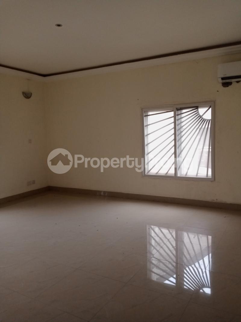 3 bedroom Flat / Apartment for rent Yabatech Yaba Lagos - 12