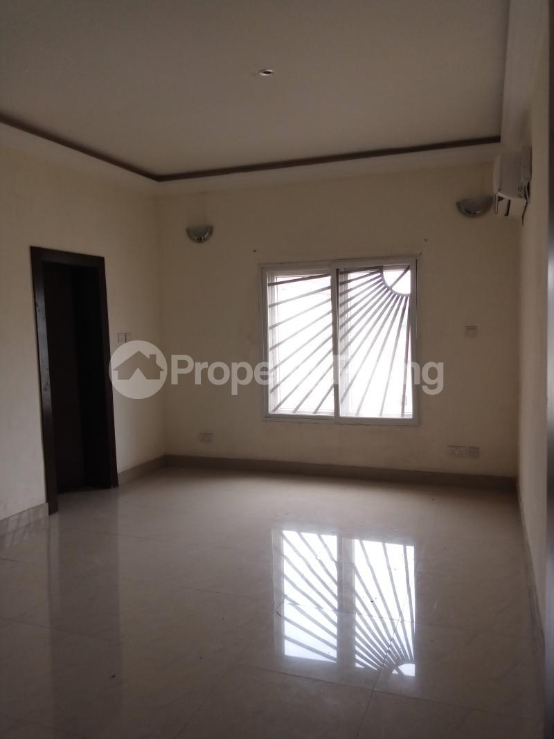 3 bedroom Flat / Apartment for rent Yabatech Yaba Lagos - 9