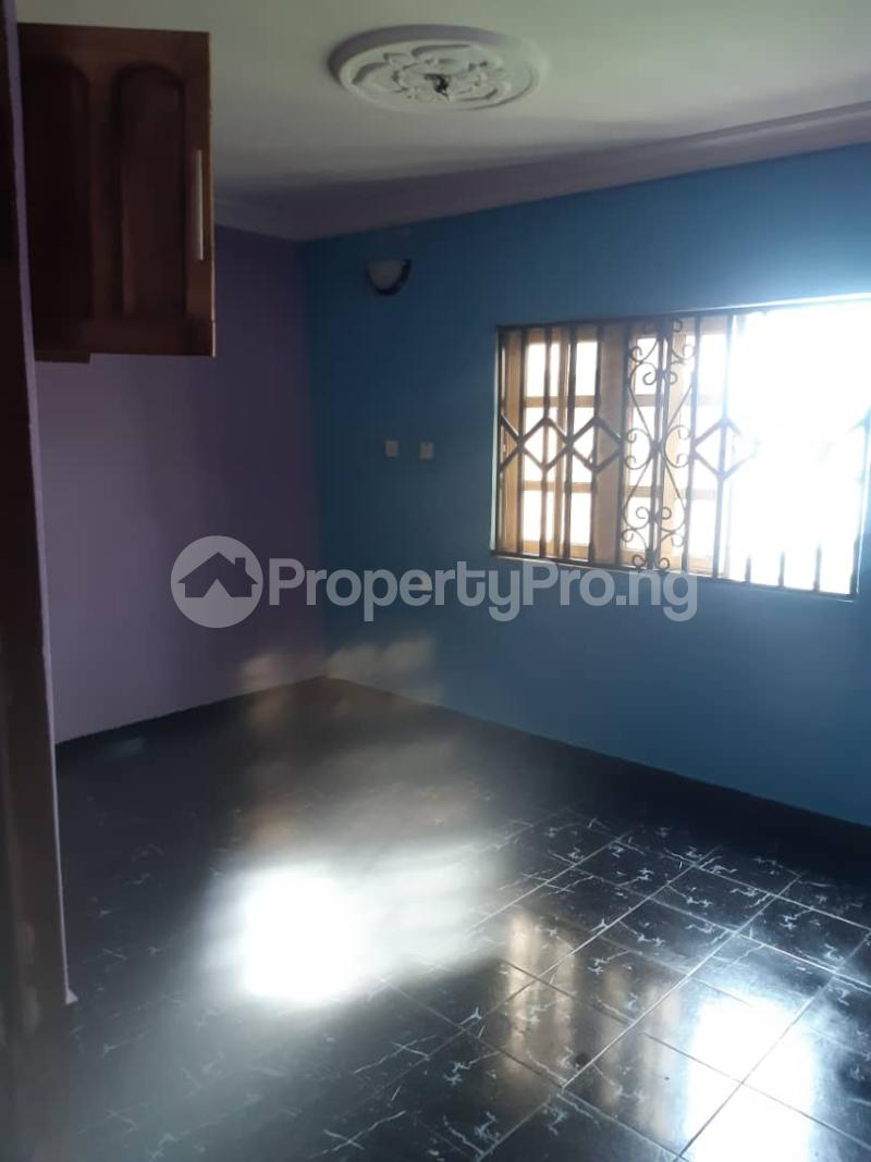 3 bedroom Flat / Apartment for rent Off Pedro Road, Famous Bus Stop Palmgroove Shomolu Lagos - 7