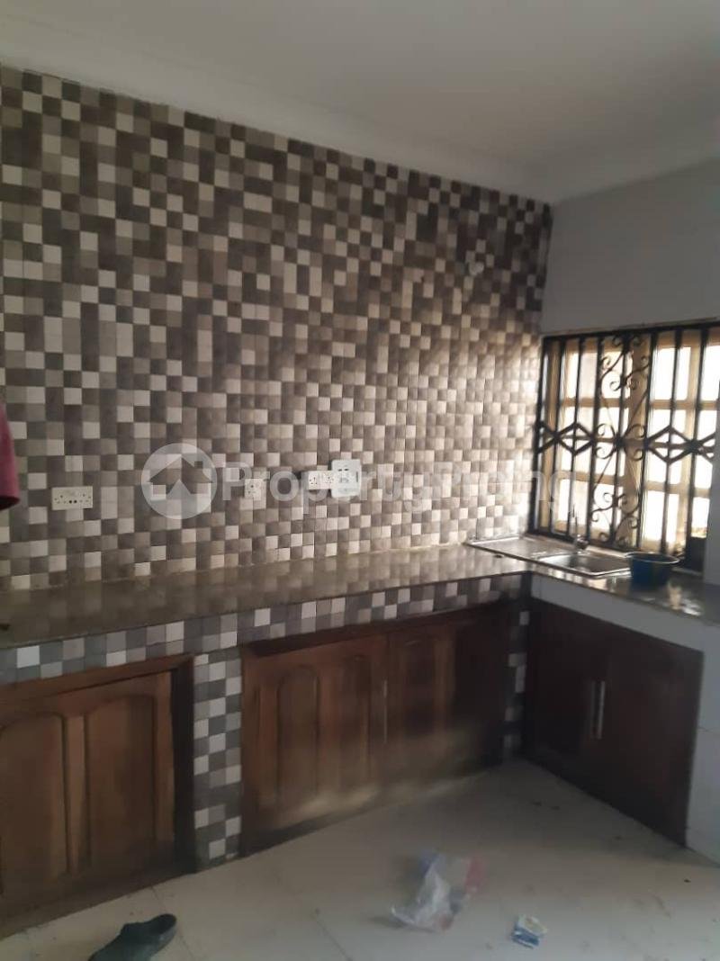 3 bedroom Flat / Apartment for rent Off Pedro Road, Famous Bus Stop Palmgroove Shomolu Lagos - 8