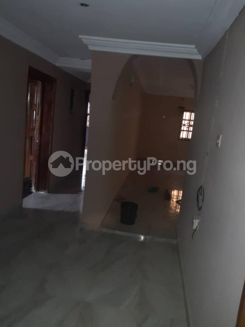 3 bedroom Flat / Apartment for rent Off Pedro Road, Famous Bus Stop Palmgroove Shomolu Lagos - 9