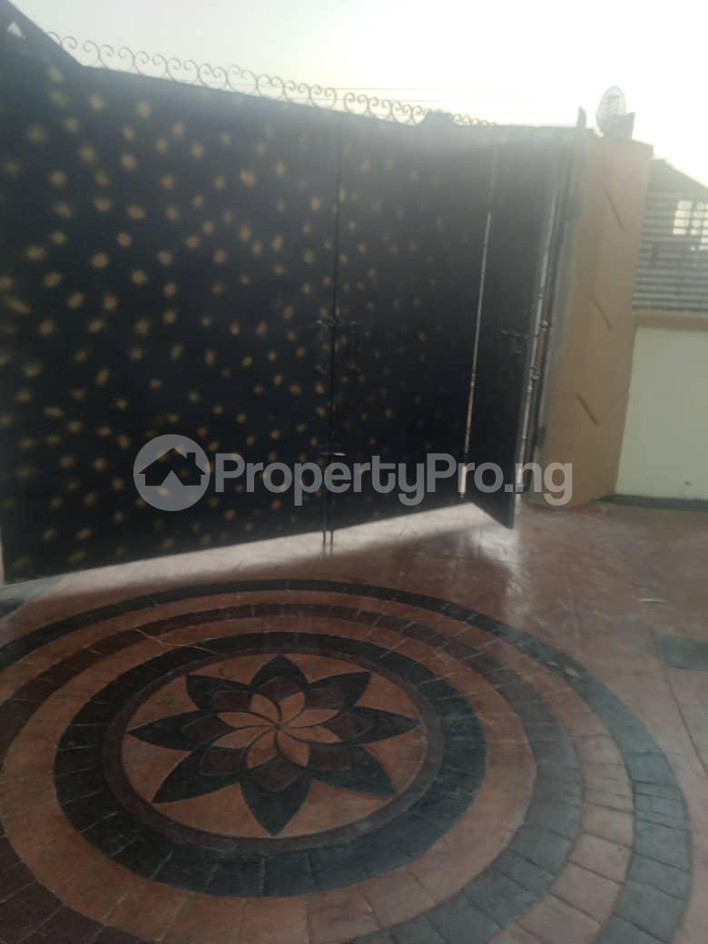 4 bedroom Terraced Duplex House for rent Located at Valley View Estate off Ebute/Igbogbo Road Ebute Ikorodu Lagos - 0