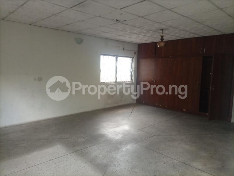 4 bedroom Semi Detached Duplex for rent Owuokiri Crescent Alaka Estate Alaka Estate Surulere Lagos - 2
