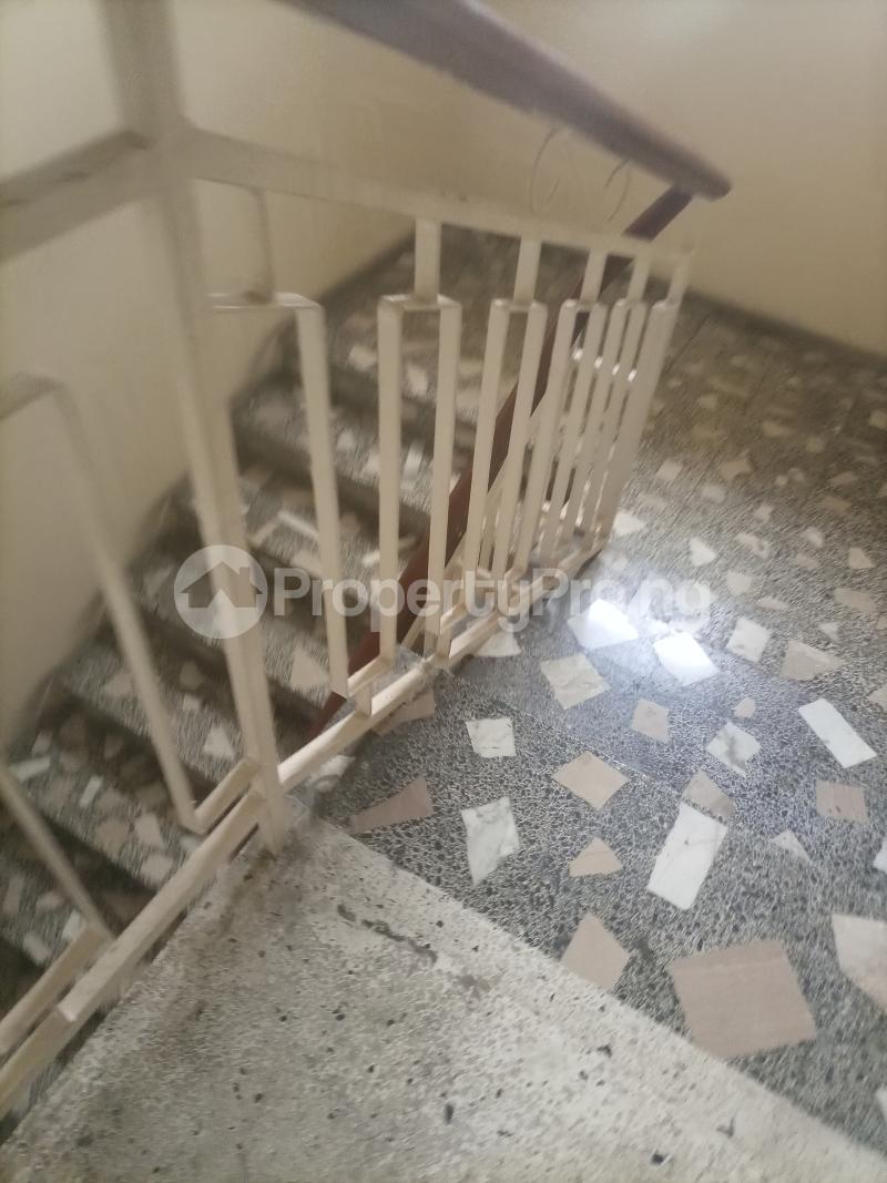 4 bedroom Semi Detached Duplex for rent Owuokiri Crescent Alaka Estate Alaka Estate Surulere Lagos - 4