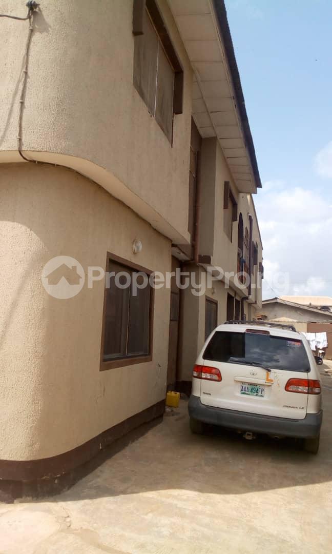 3 bedroom Flat / Apartment for sale Idimu Ejigbo Estate. Lagos Mainland  Ejigbo Ejigbo Lagos - 3