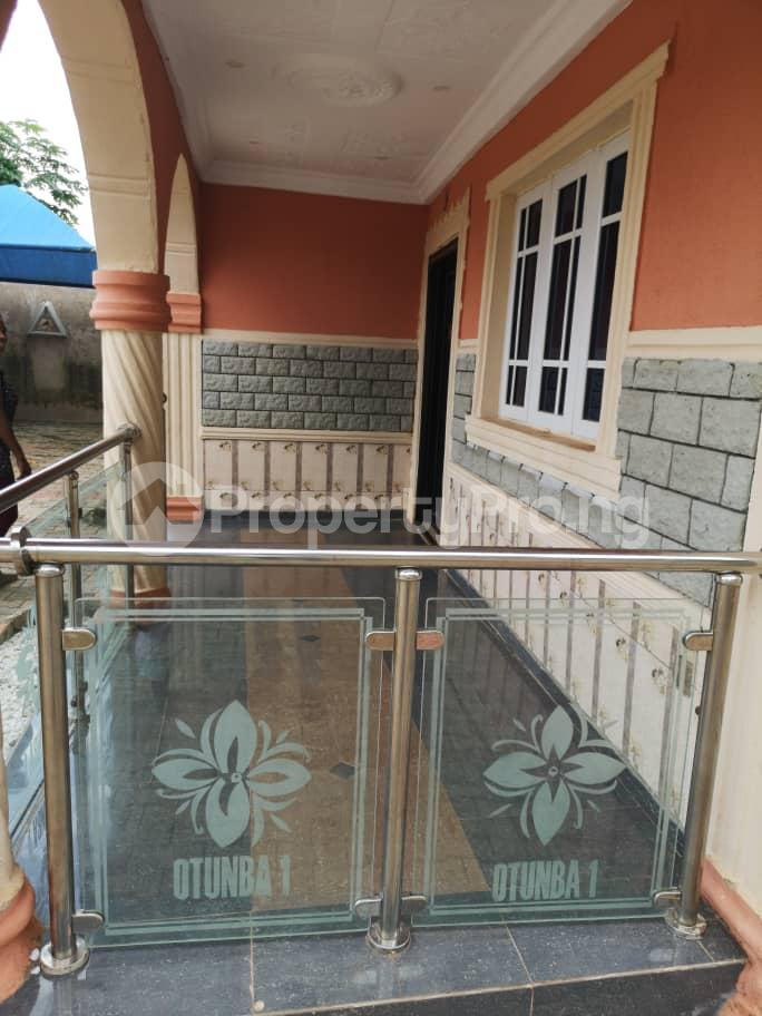5 bedroom Detached Bungalow House for sale OBALOGUN STREET BEHIND NAVY SCHOOL, IFE  Ife Central Osun - 9
