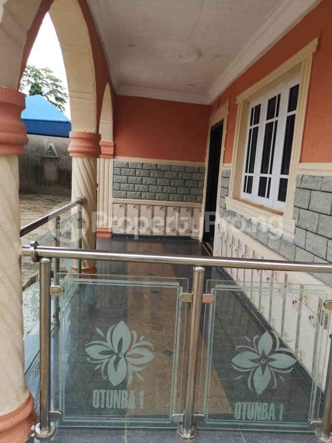5 bedroom Detached Bungalow House for sale OBALOGUN STREET BEHIND NAVY SCHOOL, IFE  Ife Central Osun - 7