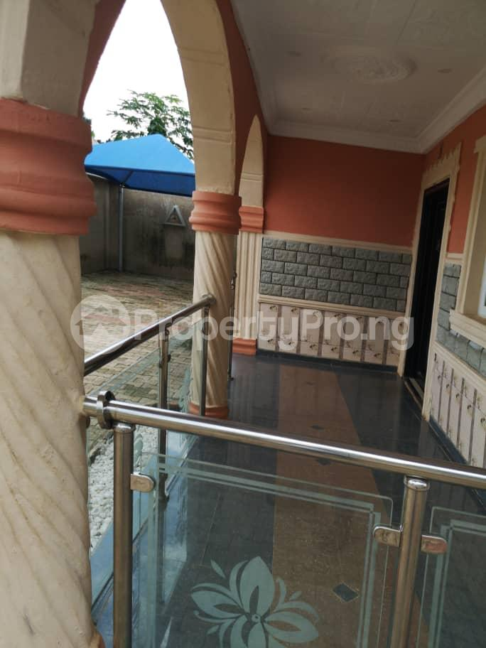 5 bedroom Detached Bungalow House for sale OBALOGUN STREET BEHIND NAVY SCHOOL, IFE  Ife Central Osun - 2