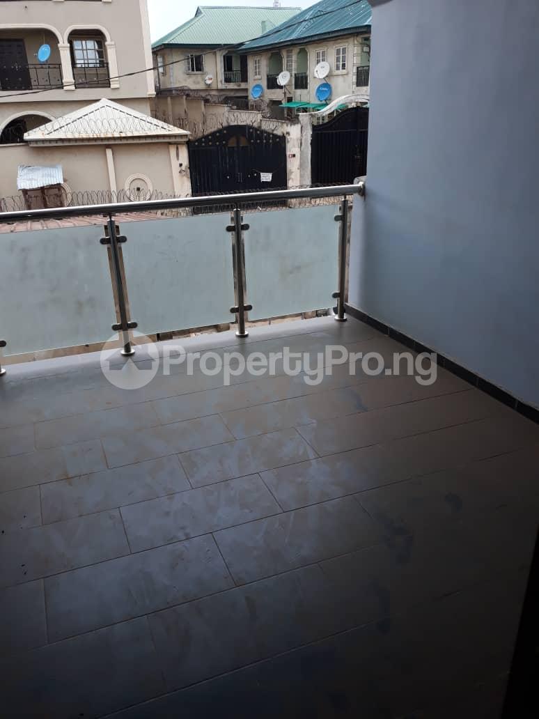 5 bedroom Detached Duplex for sale Grammar School Area, Off Obafemi Awolowo Way, Ikorodu Lagos - 4