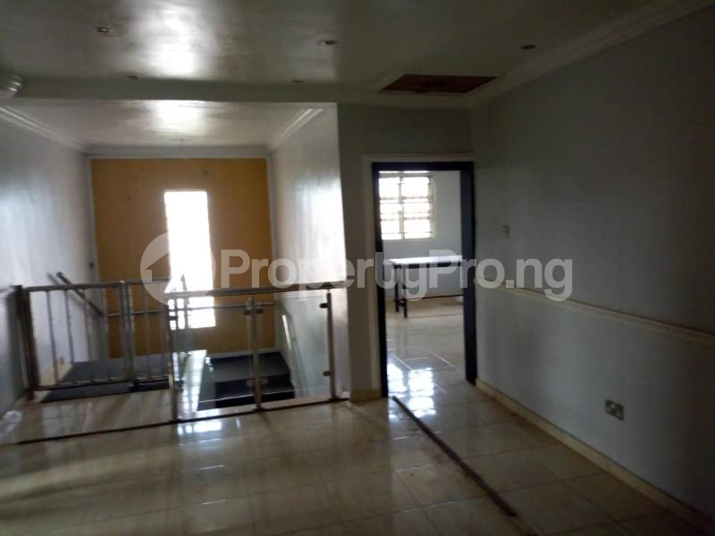 5 bedroom Detached Duplex for sale Grammar School Area, Off Obafemi Awolowo Way, Ikorodu Lagos - 9