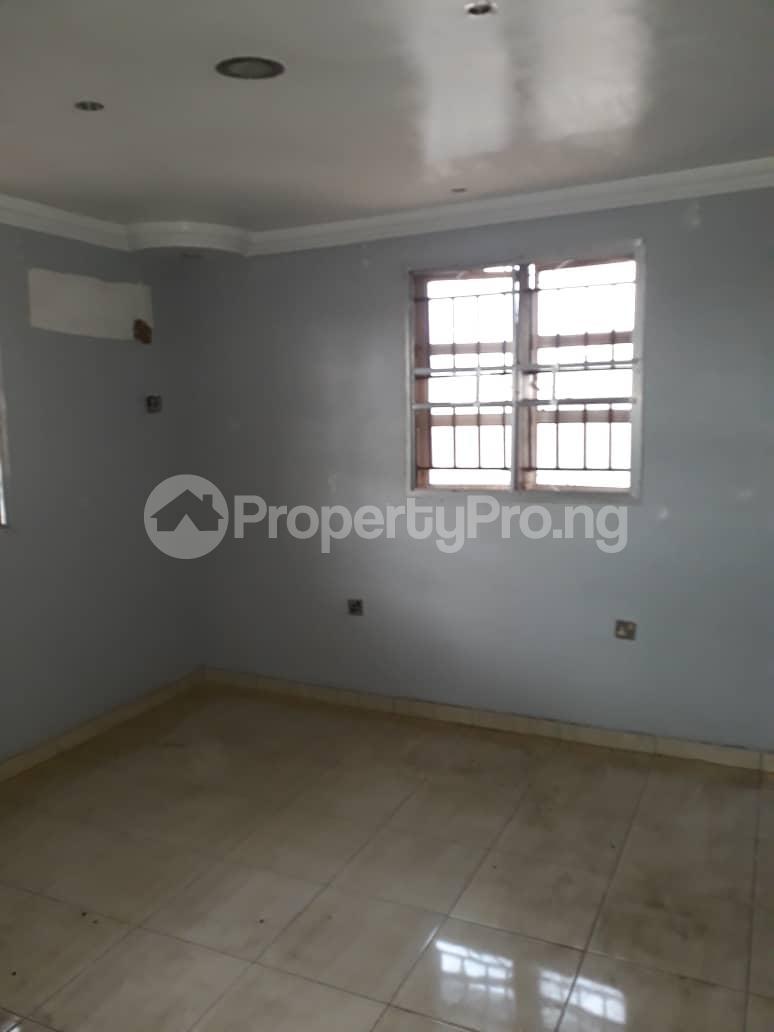 5 bedroom Detached Duplex for sale Grammar School Area, Off Obafemi Awolowo Way, Ikorodu Lagos - 2