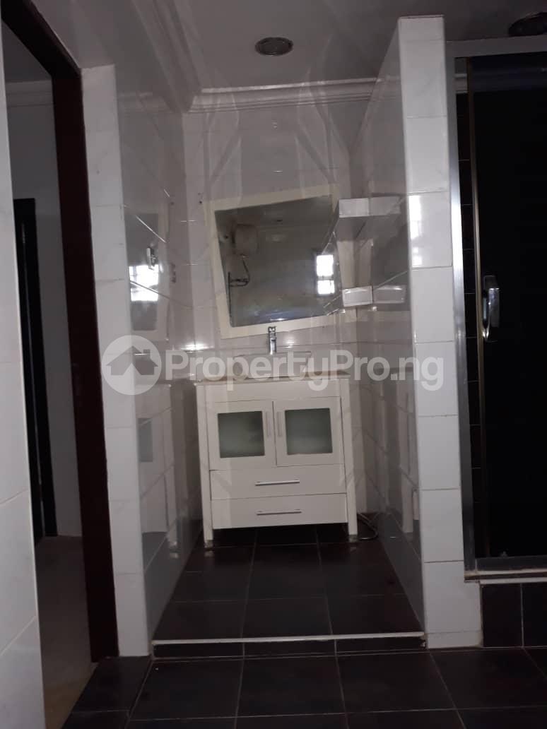 5 bedroom Detached Duplex for sale Grammar School Area, Off Obafemi Awolowo Way, Ikorodu Lagos - 3