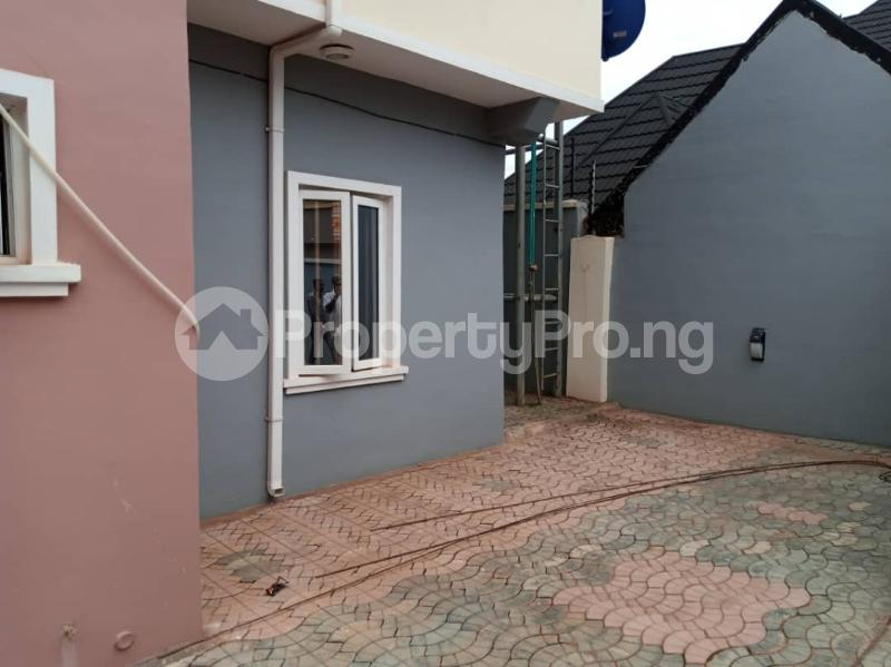 3 bedroom Blocks of Flats House for rent Akala Way Akobo Ibadan Oyo - 2