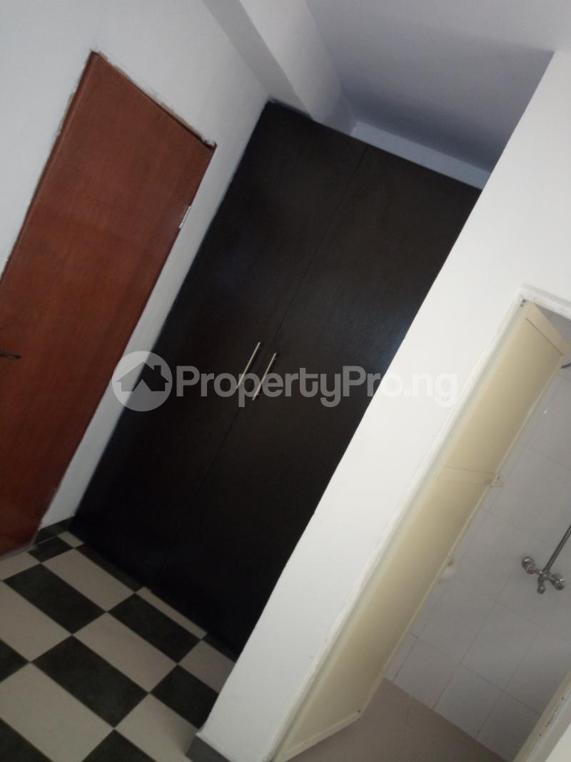 2 bedroom Flat / Apartment for rent off Cole street, by Olufemi off Ogunlauna Drive Ogunlana Surulere Lagos - 0