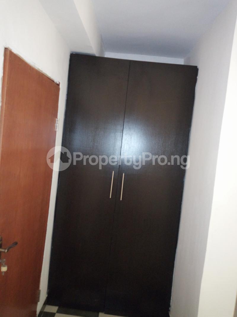 2 bedroom Flat / Apartment for rent off Cole street, by Olufemi off Ogunlauna Drive Ogunlana Surulere Lagos - 1