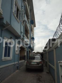 2 bedroom Flat / Apartment for rent OFF PARK ROAD, IPONRI COSTAIN Iponri Surulere Lagos - 9