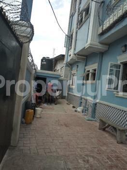 2 bedroom Flat / Apartment for rent OFF PARK ROAD, IPONRI COSTAIN Iponri Surulere Lagos - 10