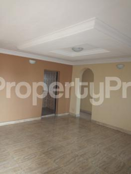 2 bedroom Flat / Apartment for rent OFF PARK ROAD, IPONRI COSTAIN Iponri Surulere Lagos - 4