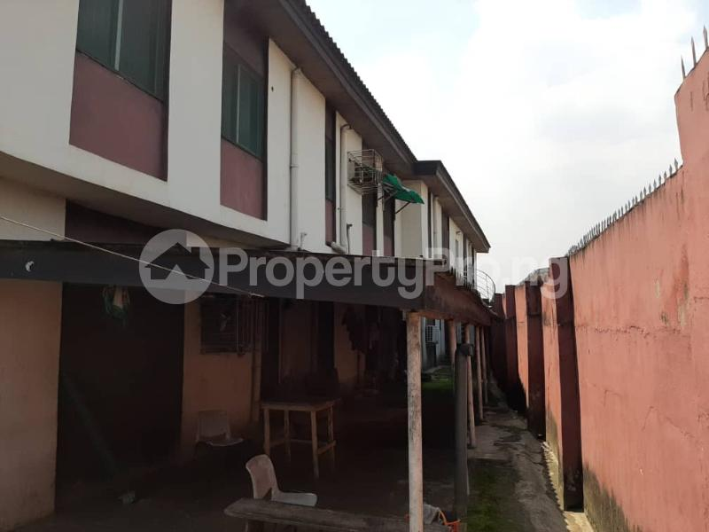 5 bedroom Detached Duplex House for sale ON A TARRED ROAD  Berger Ojodu Lagos - 8
