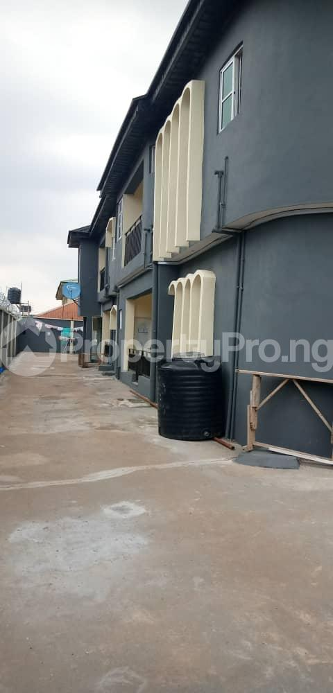 2 bedroom Blocks of Flats House for rent NEW OKO OBA  Oko oba Agege Lagos - 3