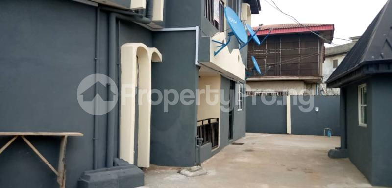 2 bedroom Blocks of Flats House for rent NEW OKO OBA  Oko oba Agege Lagos - 0