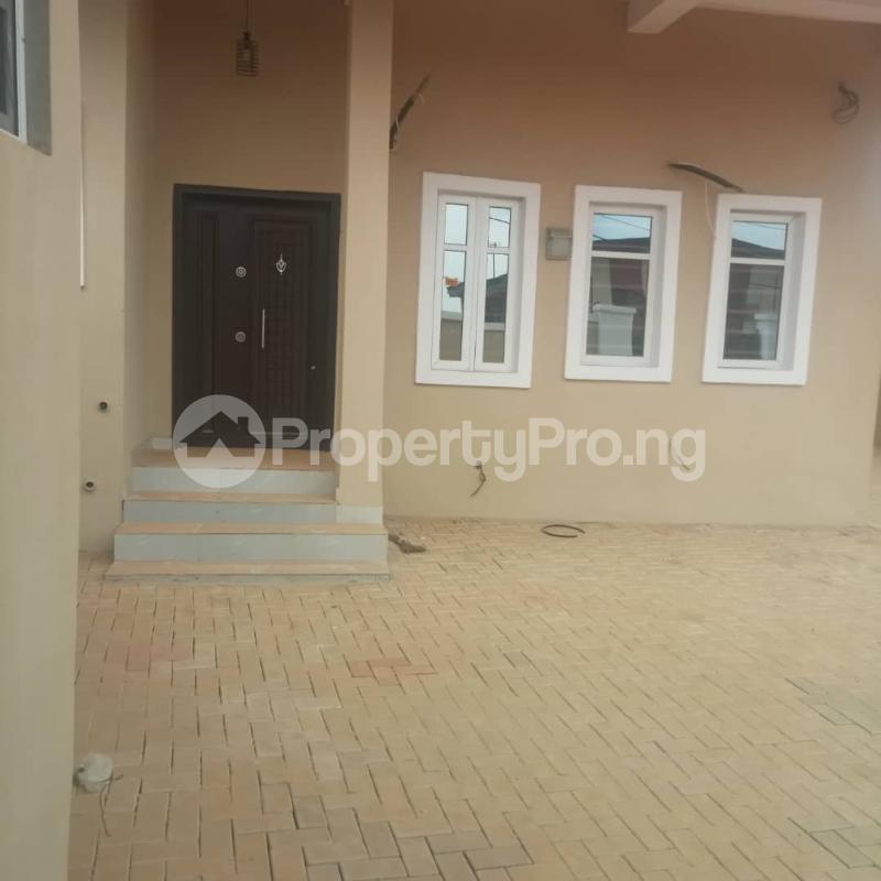 3 bedroom Detached Duplex House for rent Olowora via omole ph2 estate off berger. Olowora Ojodu Lagos - 10