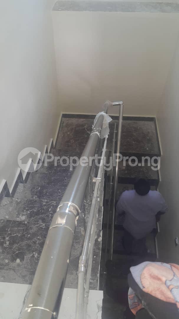 4 bedroom Detached Duplex House for sale MENDE OKI LINE  Mende Maryland Lagos - 8