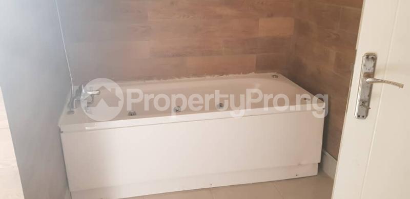 4 bedroom Terraced Duplex House for rent Magodo ph1 estate gateway zone isheri via berger. Kosofe/Ikosi Lagos - 3