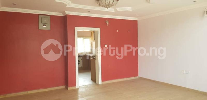 4 bedroom Terraced Duplex House for rent Magodo ph1 estate gateway zone isheri via berger. Kosofe/Ikosi Lagos - 6