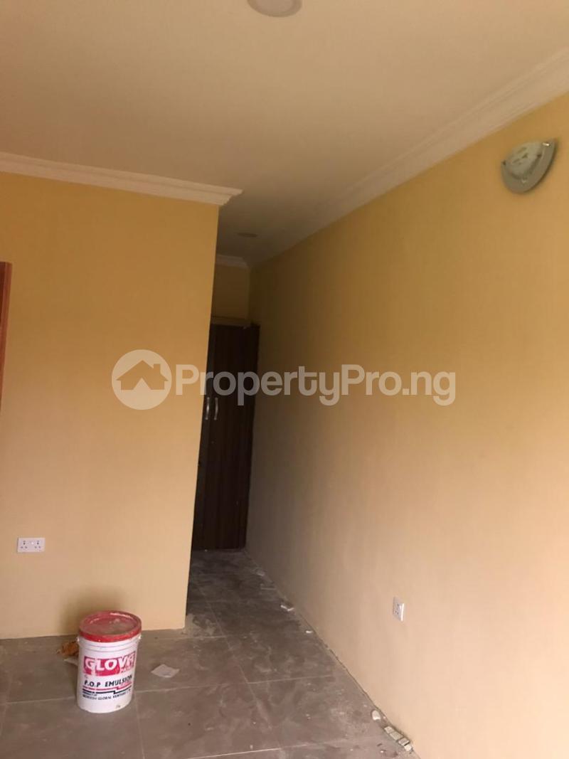 1 bedroom Blocks of Flats for rent Magboro Via Berger Along Lagos Ibadan Expressway Ogun State. Magboro Obafemi Owode Ogun - 1