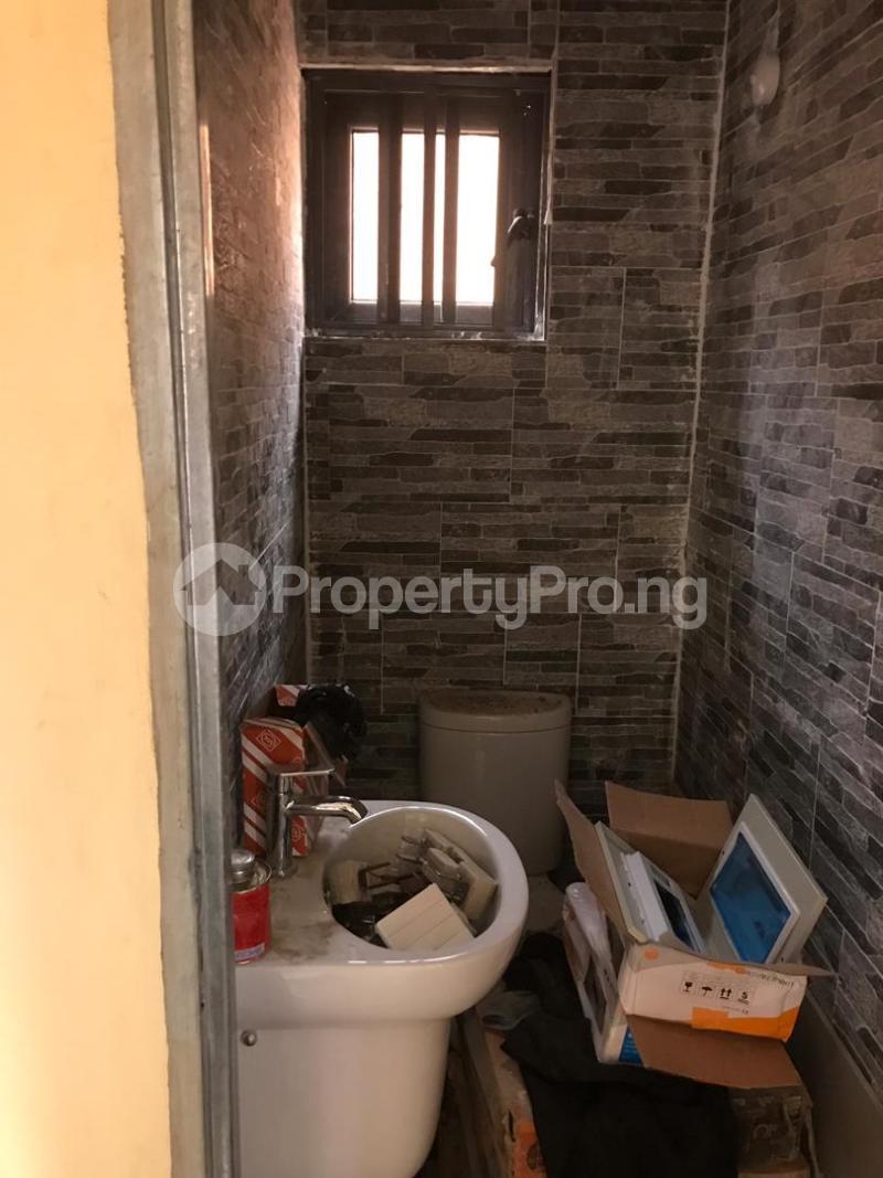 1 bedroom Blocks of Flats for rent Magboro Via Berger Along Lagos Ibadan Expressway Ogun State. Magboro Obafemi Owode Ogun - 12