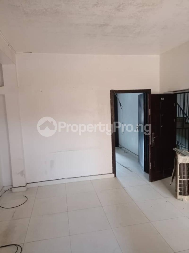 1 bedroom Mini flat for rent Owuokiri Crescent Alaka Estate Surulere Alaka Estate Surulere Lagos - 0