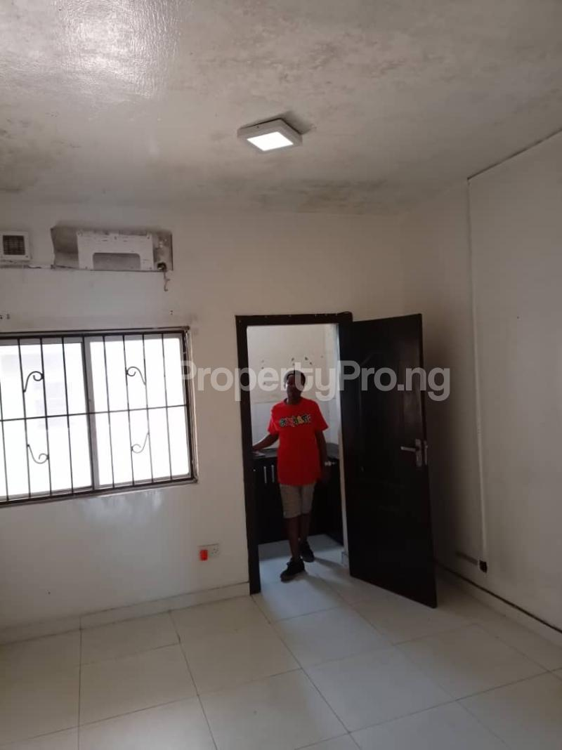 1 bedroom Mini flat for rent Owuokiri Crescent Alaka Estate Surulere Alaka Estate Surulere Lagos - 4