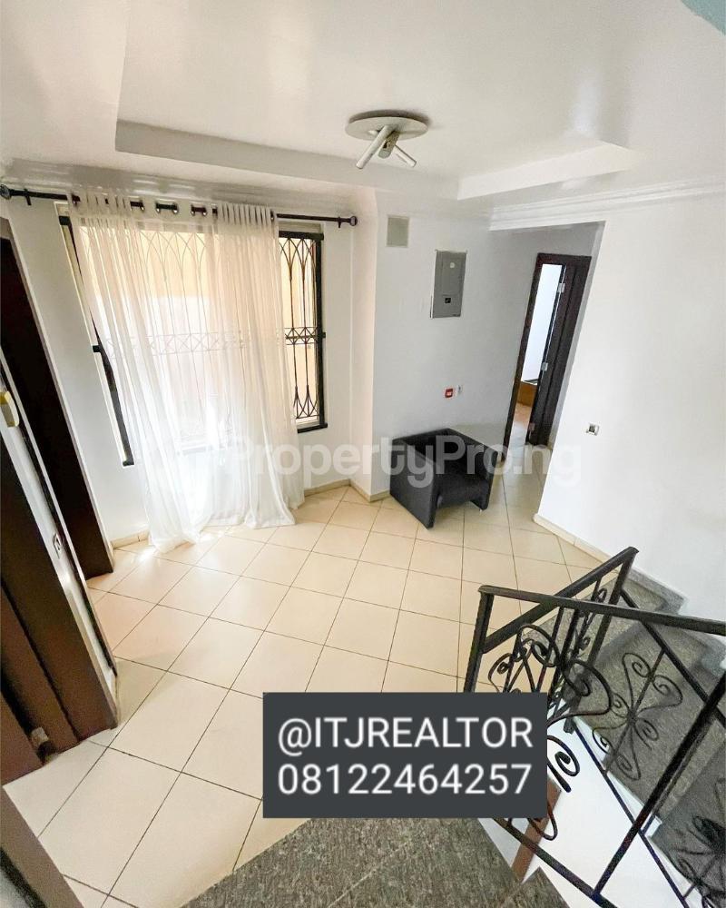 4 bedroom Terraced Duplex House for sale Banana Island Ikoyi Lagos - 4