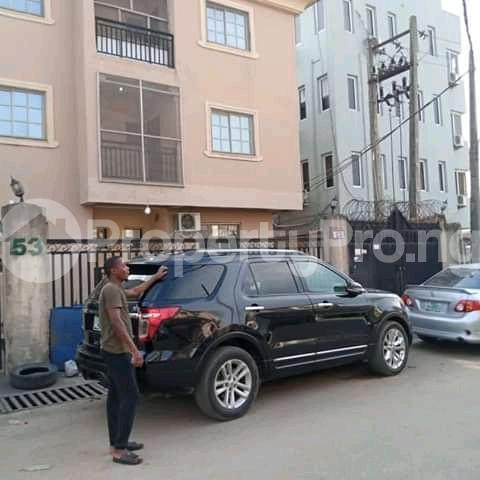 3 bedroom Blocks of Flats House for sale Alagomeji yaba Alagomeji Yaba Lagos - 3