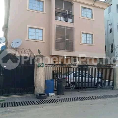 3 bedroom Blocks of Flats House for sale Alagomeji yaba Alagomeji Yaba Lagos - 2