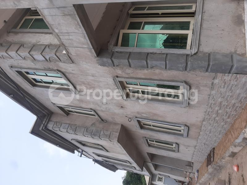 1 bedroom mini flat  Mini flat Flat / Apartment for rent Executive mini flat at docas estate orile agege very decent and beautiful  Dopemu Agege Lagos - 3