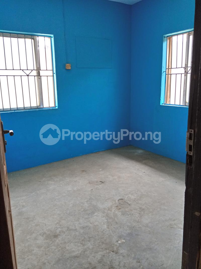 1 bedroom mini flat  Mini flat Flat / Apartment for rent Shomolu Lagos - 7
