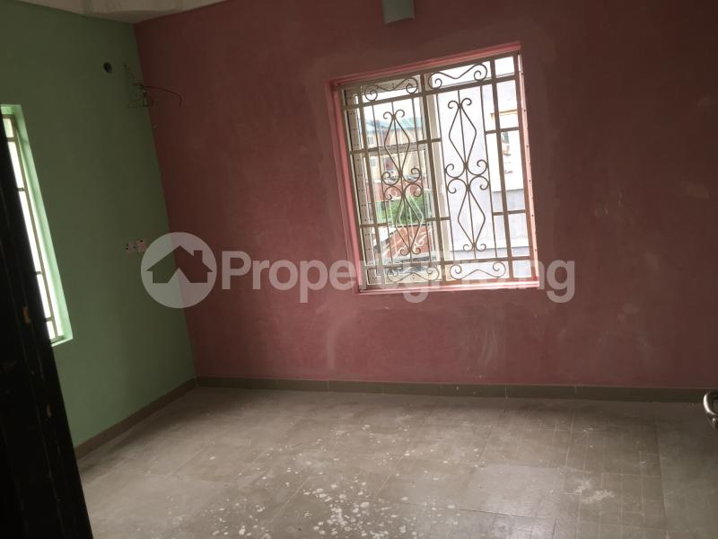 3 bedroom Flat / Apartment for rent Yabatech  Abule-Ijesha Yaba Lagos - 5
