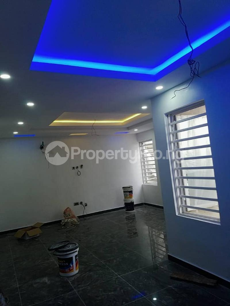 4 bedroom Terraced Duplex for sale Phase 1 Gbagada Lagos - 8