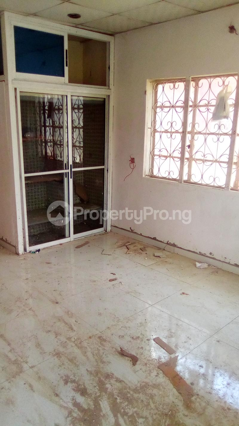 Self Contain Flat / Apartment for rent ... Jibowu Yaba Lagos - 0