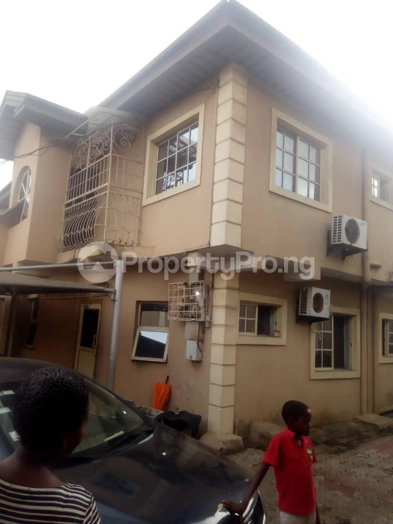 4 bedroom Semi Detached Duplex House for rent Alimosho by akowonjo dopemu Akowonjo Alimosho Lagos - 11