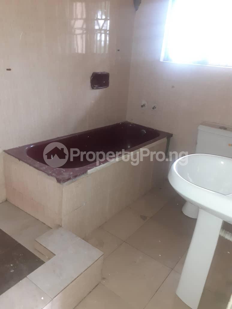 5 bedroom Flat / Apartment for rent ... Atunrase Medina Gbagada Lagos - 16