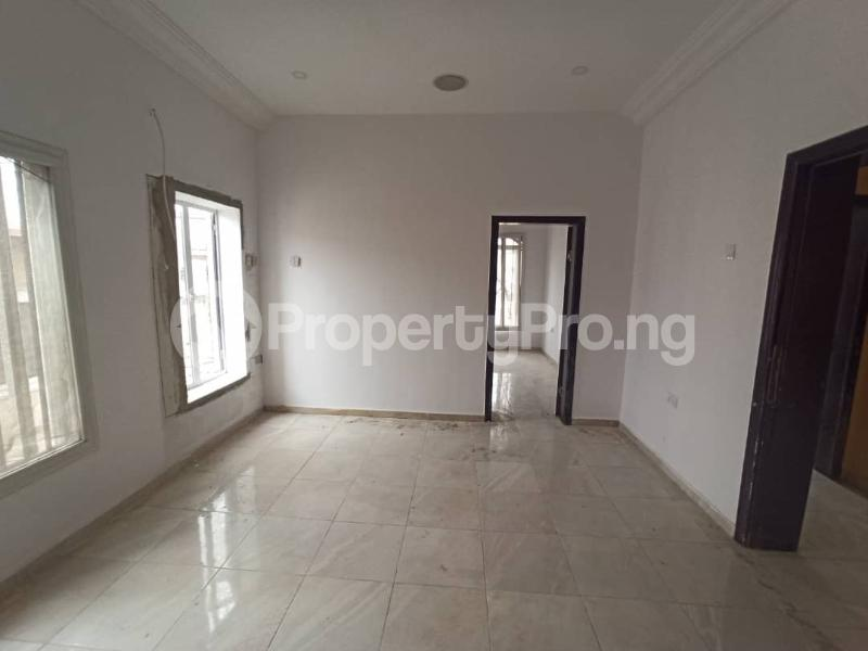 1 bedroom mini flat  Mini flat Flat / Apartment for rent Lekki Phase 1 Lekki Lagos - 3