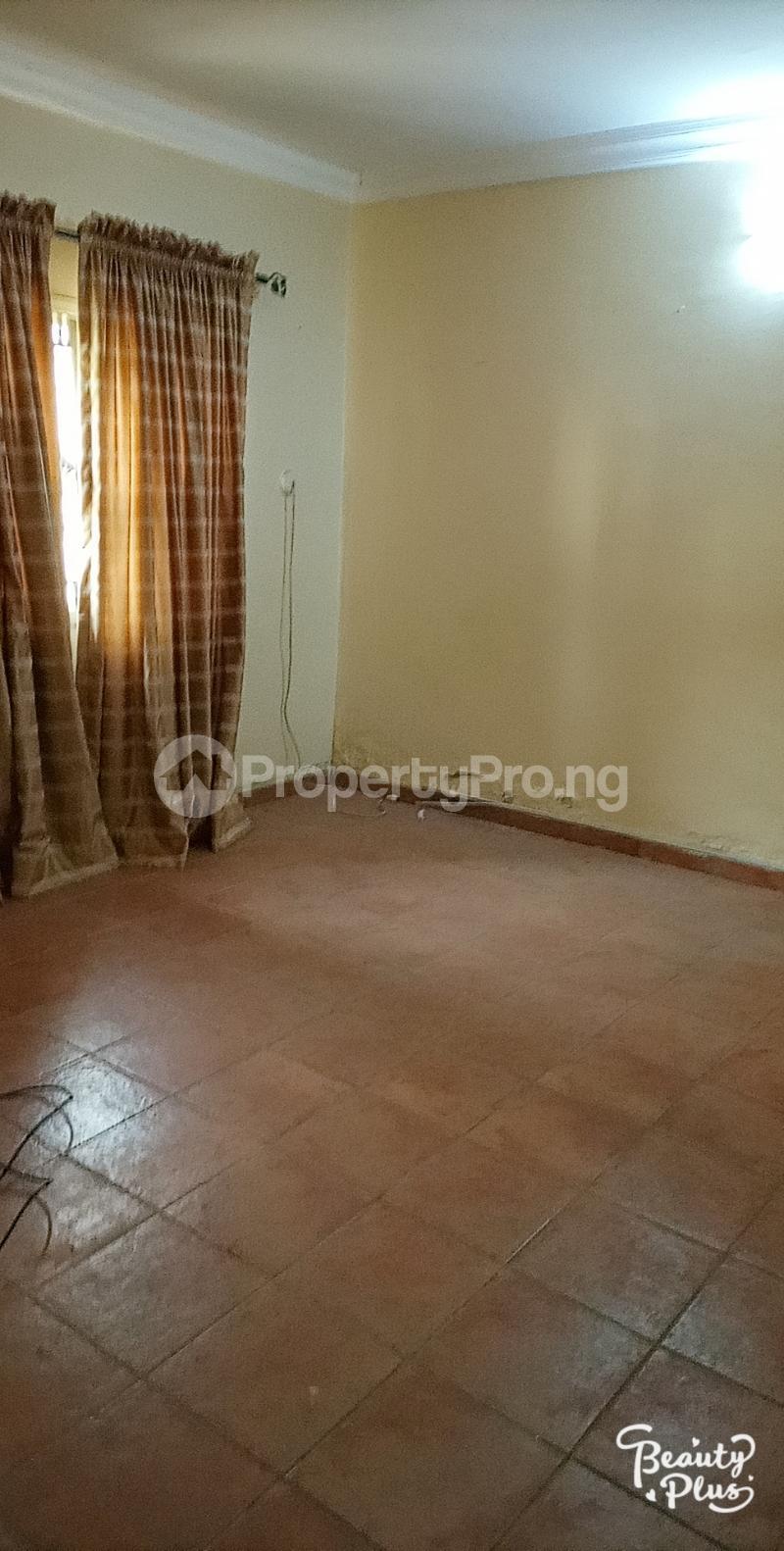 6 bedroom Detached Duplex for sale Ajao Estate Isolo. Lagos Mainland Ajao Estate Isolo Lagos - 6