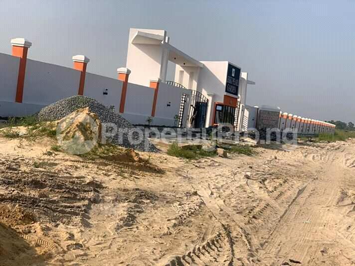 Mixed   Use Land Land for sale Beside Amity Estate,Lekki Epe Expressway Ikate Lekki Lagos - 1
