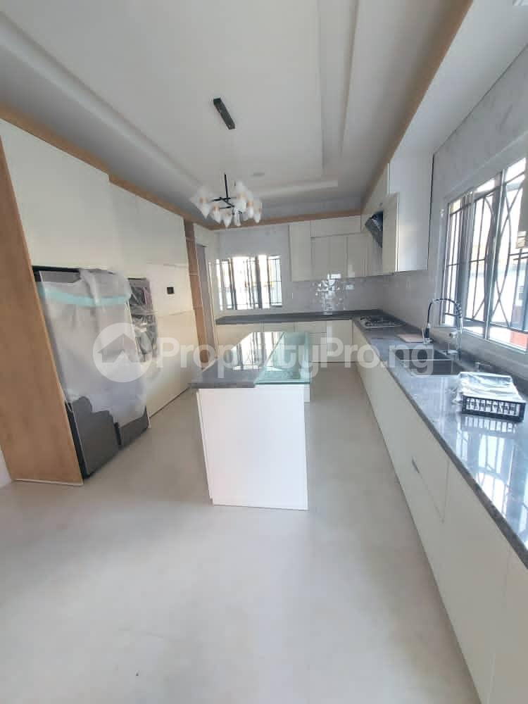 5 bedroom Detached Duplex House for sale Lekki Phase 1 Lekki Lagos - 9