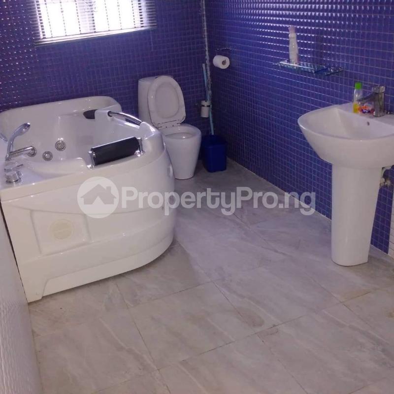 5 bedroom Detached Duplex House for sale Shelter Afrique Uyo Akwa Ibom - 9