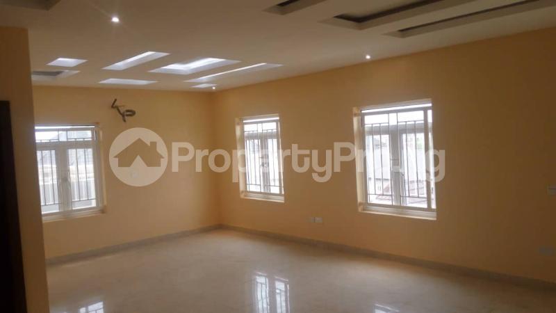 4 bedroom House for sale Arowojobe Estate, Mende Maryland Lagos - 5