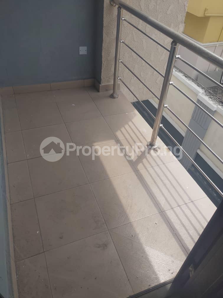 3 bedroom Flat / Apartment for rent Adelabu Surulere Lagos - 6